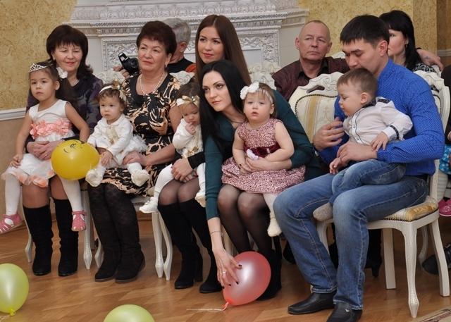 Поздравление женщине с рождением двойняшек
